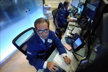 Wall Street baja el 1,31 por ciento en la media sesión ante las tensiones en Corea y Europa