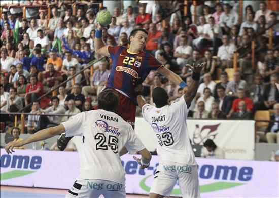 27-24. El Barça, nuevo líder tras acabar con la invicta racha del Ciudad Real