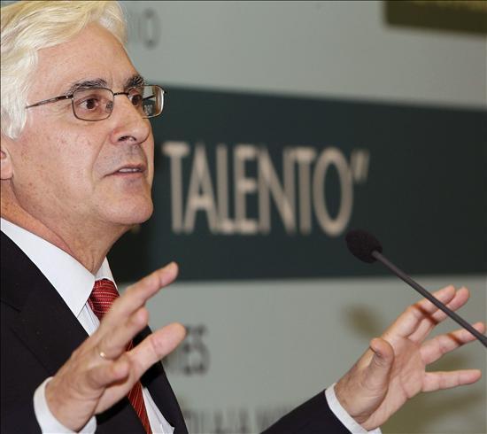 Barreda dice que las medidas de austeridad adoptadas se notarán a finales de año