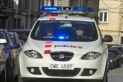 Detenidos funcionarios de prisiones y policías locales en una trama corrupta en Barcelona
