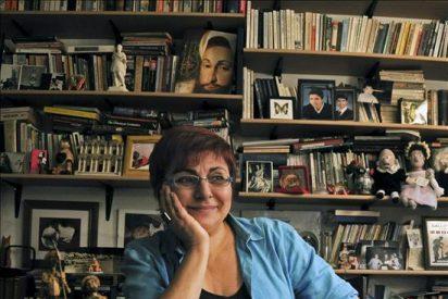 """La escritora turca Buket Uzuner asegura que sin Estambul """"la cultura perdería muchas cosas"""""""