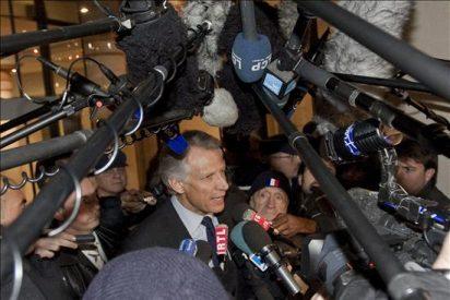 Villepin se defiende ante el juez que investiga el atentado de Karachi