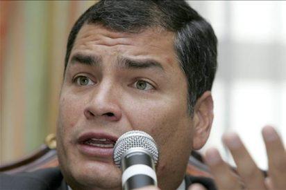 Correa arremete contra la prensa durante la cumbre de la Unasur