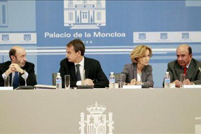 Zapatero inicia la reunión con empresarios para tratar la situación económica