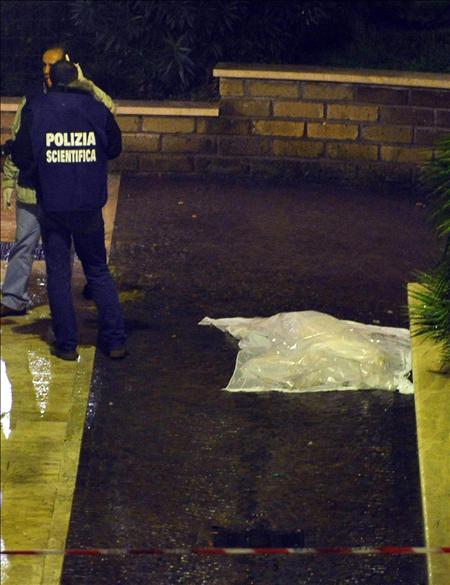 El cineasta italiano Mario Monicelli se suicida en Roma aquejado de un cáncer