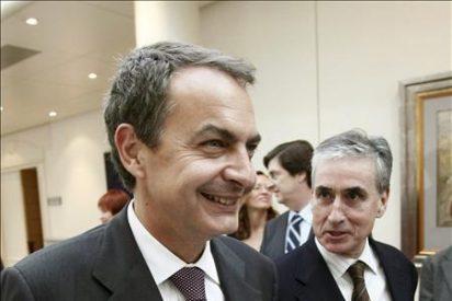 """El ministro Jáuregui asegura que el Gobierno ha hecho siempre la política adecuada """"sin descontrol"""""""