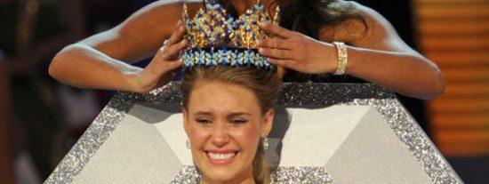 El escándalo de Miss Mundo por posar desnuda