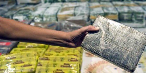 Detienen en Chile a dos peruanos con casi 30 kilos de cocaína