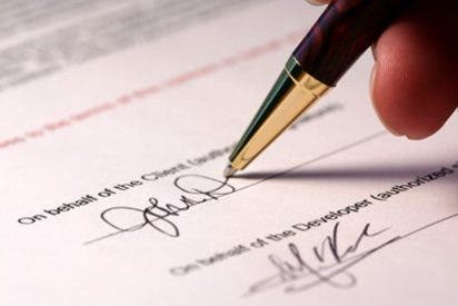 Cinco aspectos clave en los que fijarse antes de firmar un contrato de telefonía móvil