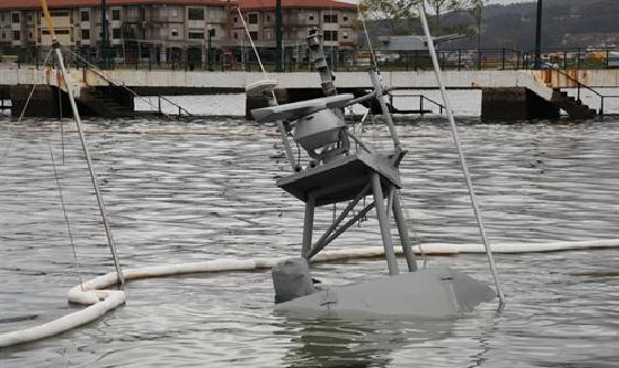 Se hunde una lancha con 1.400 litros de gasoil
