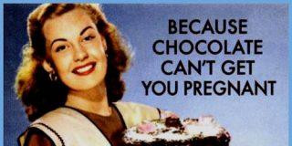 Finde con sabor a tiernos muffins de chocolate y nueces