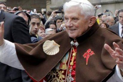 """El arzobispo de Santiago anima a los fieles a """"hacer memoria con el corazón"""" de la visita de Benedicto XVI"""