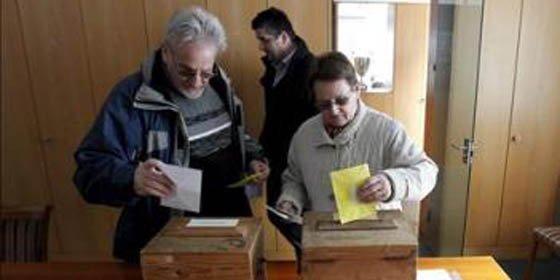 Suiza aprueba, en referéndum, expulsar a los extranjeros que cometan delitos