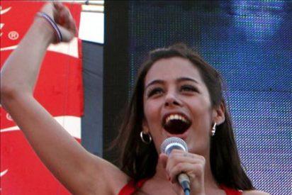 Larissa Riquelme pide a Sara Carbonero que le preste a Casillas