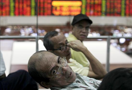 Pérdidas en las Bolsas del Sudeste Asiático con Indonesia y Malasia cerradas