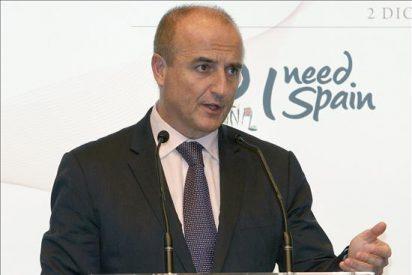El ministro de Industria analiza hoy el impacto del paro de controladores en turismo