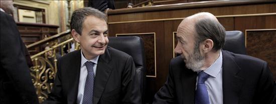 Zapatero no es la solución, sino el problema