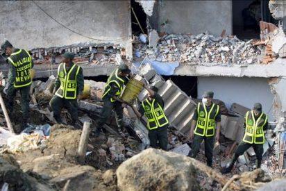 A 35 suben los cuerpos de rescatados por un alud de tierra en Colombia
