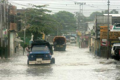 Rescatan a 6.000 indígenas de una zona inundada de La Guajira