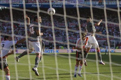 0-4. Estudiantes golea a River Plate y queda a un paso del título de campeón