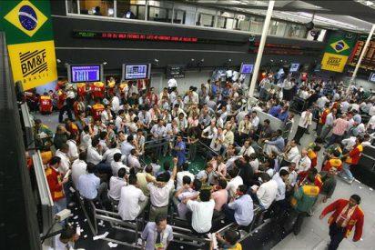 Las bolsas latinoamericanas cierran mixtas en un día a media marcha por los festivos