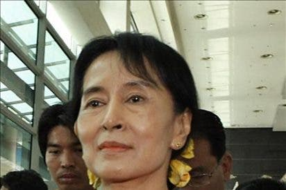 Un alto cargo de EEUU se reúne en Birmania con Aung San Suu Kyi