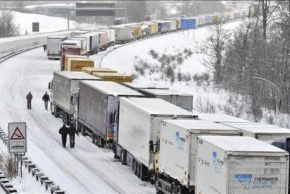 Falta de anticongelante causa retrasos y anulaciones de vuelos desde Alemania