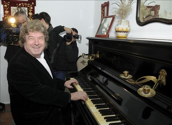 """La familia de Enrique Morente: """"Deja un enorme vacío en nuestros corazones y en el de la música"""""""
