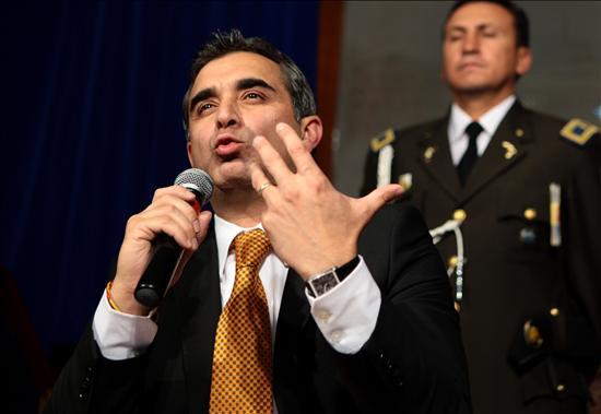 El ministro del Interior de Ecuador anuncia oficialmente su renuncia