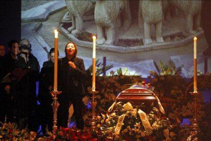 Granada honra a Morente, que ya descansa junto a la Alhambra