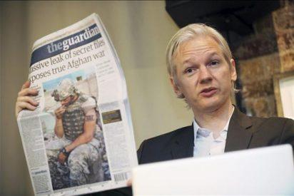 El fundador de WikiLeaks llega al tribunal para la vista sobre el recurso contra su libertad condicional
