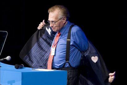 Larry King se despide entre lágrimas en su último programa