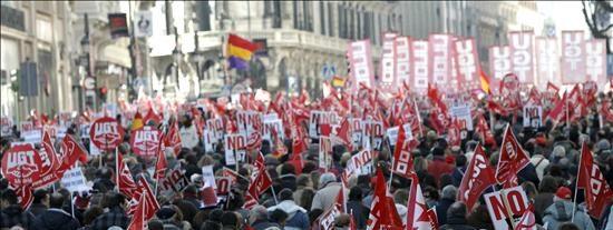 Toxo amenaza con otra huelga general en enero por la reforma de las pensiones