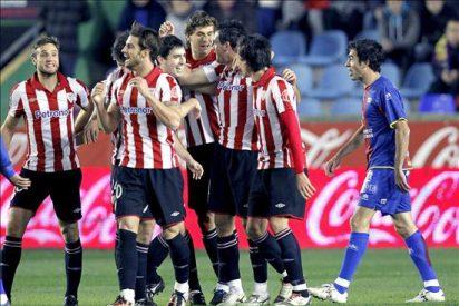 1-2. Dos goles a balón parado dieron el premio al Athletic ante el Levante