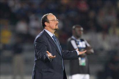 """Rafa Benitez pide """"respeto"""", """"apoyo"""" y fichajes para seguir adelante"""