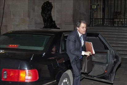 La oposición asocia el nuevo Govern con el pasado y Mascarell irrita al PSC