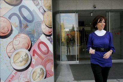 El Tesoro recortó en 14.700 millones de euros sus emisiones en 2010