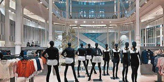 Zara se viste de gala para abrir su tienda 5.000