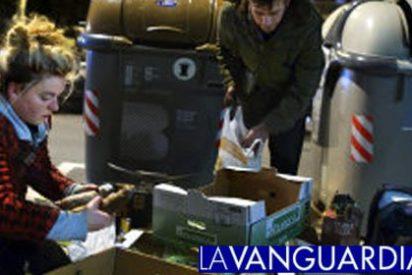 Los logros del Gobierno ZP: ya se hacen turnos para recoger comida de la basura