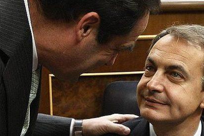 El País no entiende para qué ZP descorchó la botella de su sucesión