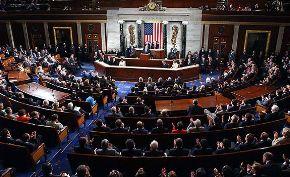 """Cámara de Representantes de EE.UU aprobó proyecto legislativo que legaliza a estudiantes """"sin papeles"""""""