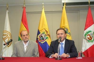 """Cancilleres andinos declaran al 2011 """"Año Andino de la Integración Social"""""""