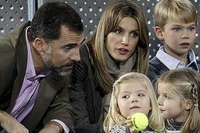 Los Príncipes enseñan a las Infantas a guardar silencio en el partido entre Nadal y Federer
