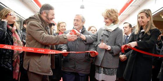 Esperanza Aguirre inauguró hoy la XIII Edición de la Feria Mercado de Artesanía de Madrid