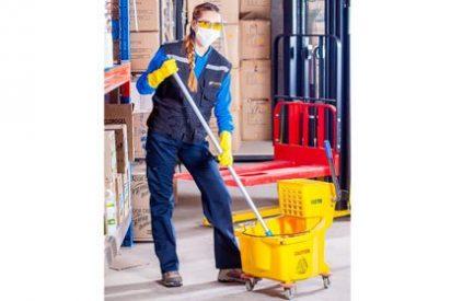 ¿Qué servicios debe contratar una empresa para la limpieza de sus espacios?