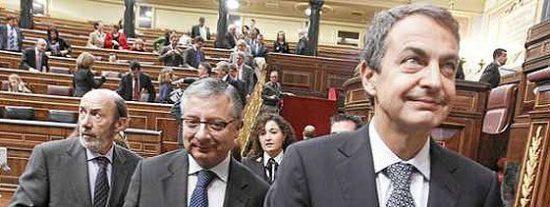 El Gobierno Zapatero está en el aire