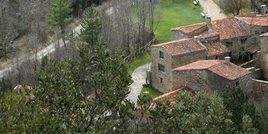 A la venta un pueblo abandonado de Soria