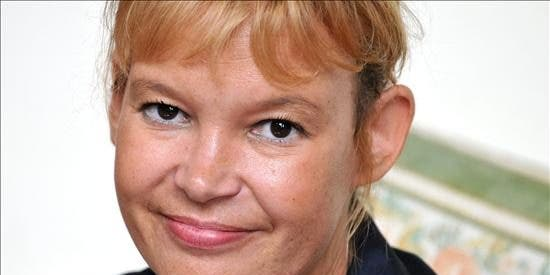 La ministra Pajín multará con hasta 500.000 euros por llamar a alguien feo