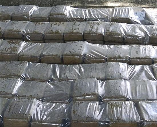 Guardia costera colombiana decomisó 600 kilos de cocaína en el océano Pacífico