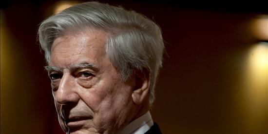 """Vaya palo da Vargas Llosa a El País: """"Wikileaks no trata de combatir una 'mentira', sino de satisfacer una curiosidad morbosa de la civilización del espectáculo"""""""
